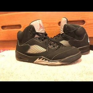 Air Jordan metallic 5's